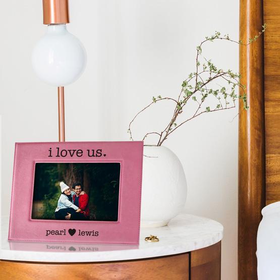 i love us photo frame